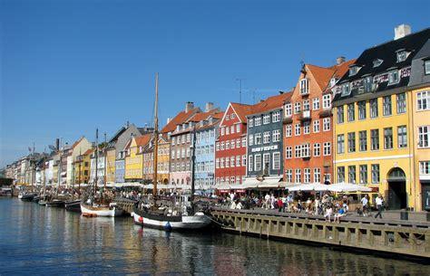 File:Nyhavn, Copenhagen.jpg