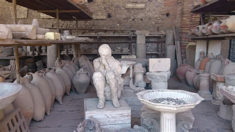 File:Old Ancient Rome items at Pompeii.JPG   Wikimedia Commons