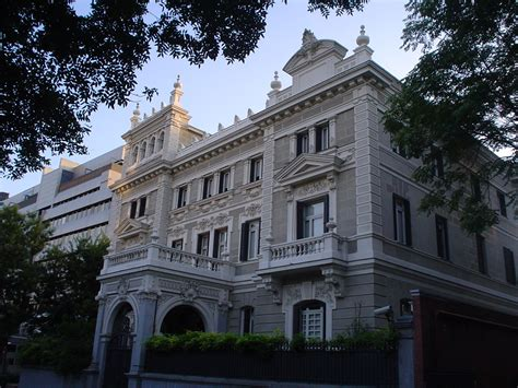 File:Palacio en Paseo de la Castellana, 37. Madrid.jpg ...