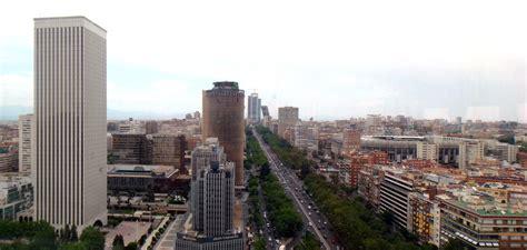 File:Paseo de la Castellana  Madrid  23.jpg