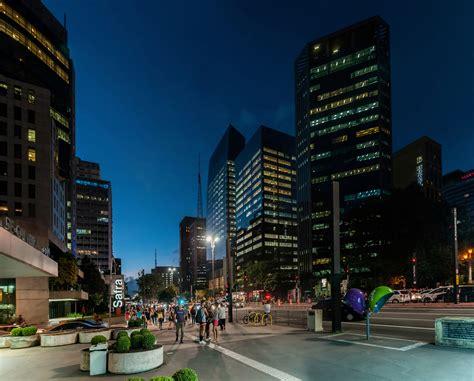 File:Paulista Avenue, São Paulo, Brazil.jpg   Wikimedia ...