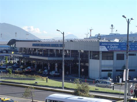File:Quito Mariscal Sucre Airport.JPG   Wikimedia Commons