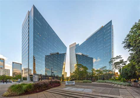 File:Rochaverá Corporate Towers, São Paulo, Brazil.jpg ...