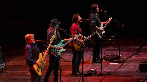 File:Steely Dan With The Doobie Brothers   The O2   Sunday ...