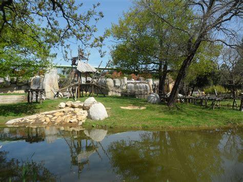 File:Zoo La Palmyre.JPG   Wikimedia Commons
