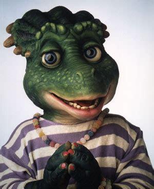 Filmes Seriados e muito mais: familia dinossauro