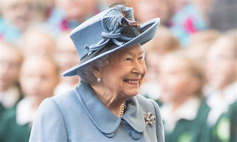 Find out why none of the royal family calls the Queen by ...