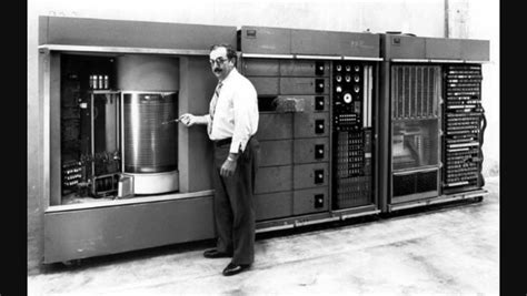 First computer by IBM : interestingasfuck