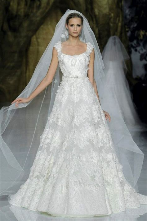 First Look! Beautiful New Wedding Dresses by Elie Saab ...