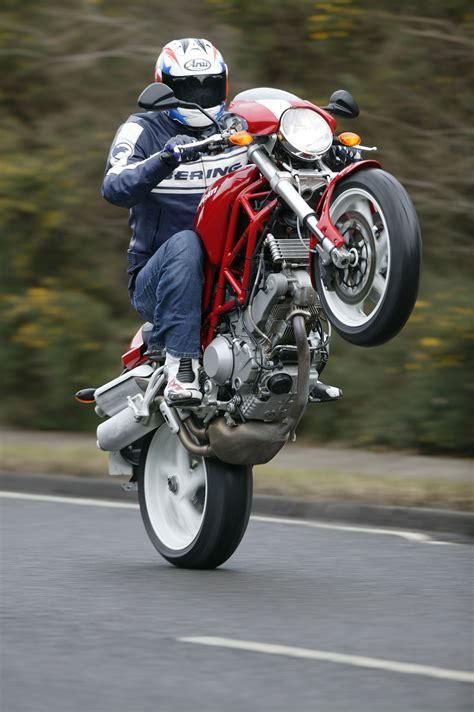 First Ride: 2006 Ducati Monster S2R 1000 | Visordown