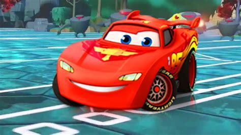 Flash McQueen de Cars 2 fait la course dans l univers ...