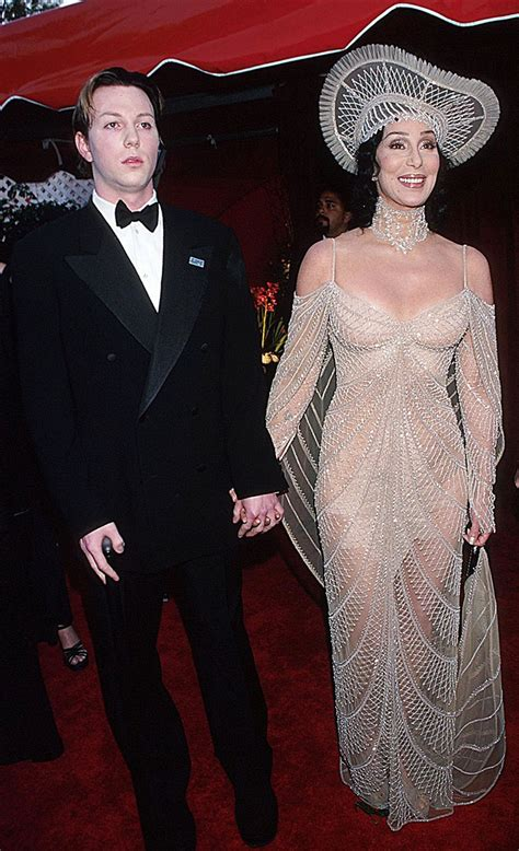 Flashback! Here s what the 1998 Academy Awards looked like