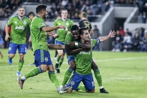 Flipboard: Behind Raul Ruidiaz, Sounders roll into MLS Cup ...