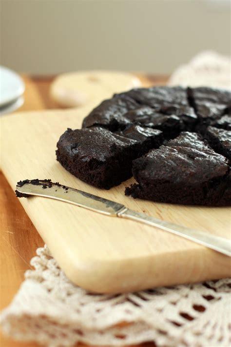 Flourless Dark Chocolate Cake   Espresso and Cream