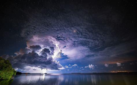 Fondos de pantalla Tormenta, nubes, rayos, mar, atardecer ...