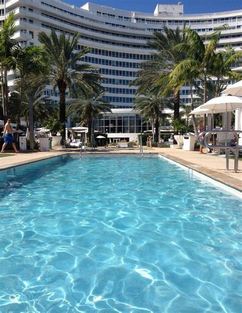 Fontainebleau Miami !!! Very relaxing   Dream vacations ...