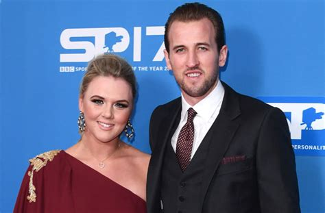 Footballer Harry Kane announces he s expecting his second ...