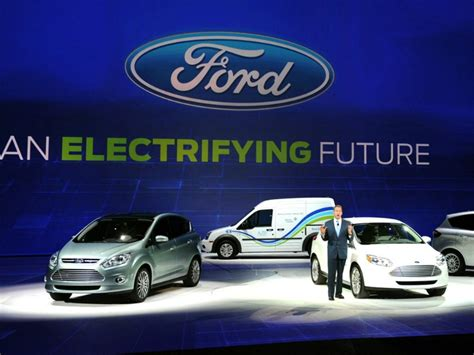 Ford Strengthens Tech, Electric Vehicles Communications Teams