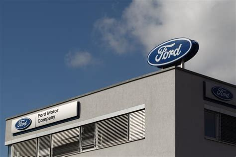 Ford To Hire A Total Of 3,000 Engineers, Software Workers ...