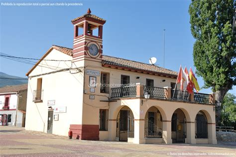 Foto Ayuntamiento Pinilla del Valle 1   todosobremadrid.com