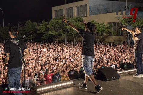 Foto Crónica del concierto de La Raíz en Sant Boi de ...