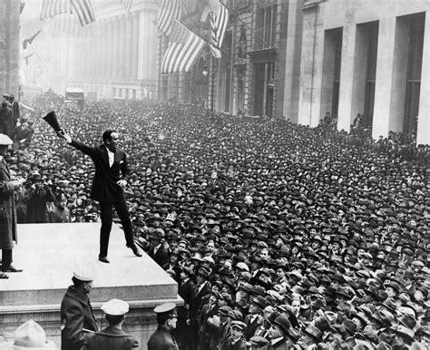 FOTO DEL DÍA: El 8 de abril de 1918, Charlie Chaplin y ...