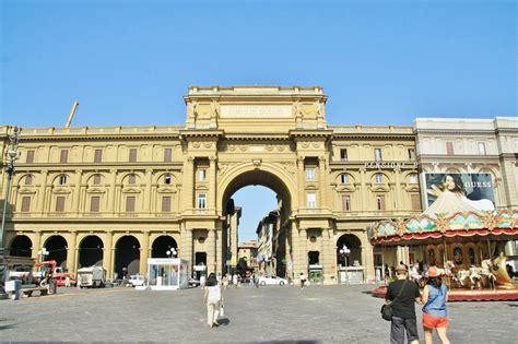 Foto: Plaza de la Republica   Florencia  Tuscany , Italia