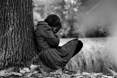 Fotos: angel hombre triste | tristeza de otoño — Foto de ...