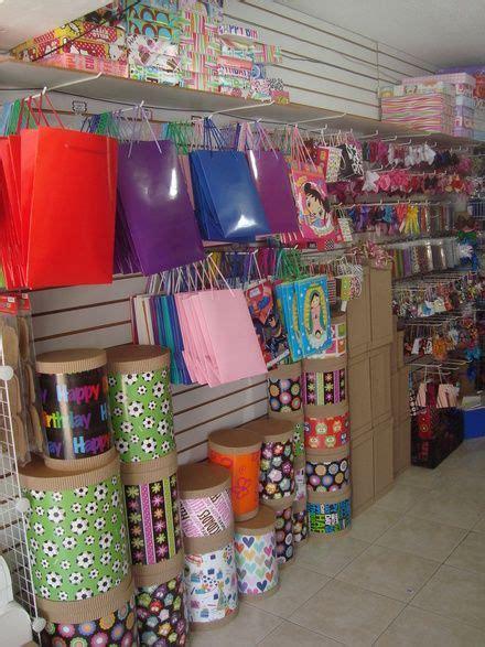 Fotos de Venta del mobiliario para tienda de regalos, ver ...