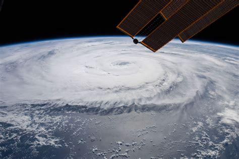 Fotos del tifón Soulik tomadas desde la Estación Espacial ...