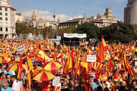 Fotos: El Día de la Hispanidad, en Barcelona | Imágenes