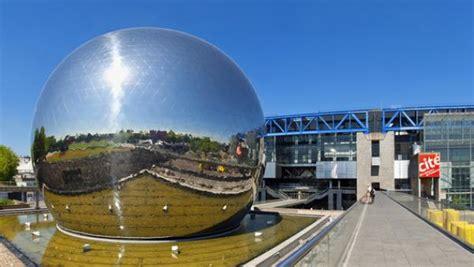 Francia… La ciudad de las ciencias y de la industria ...