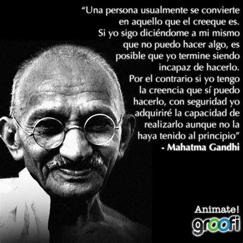 Frases de Gandhi on Twitter:   Una persona usualmente se ...