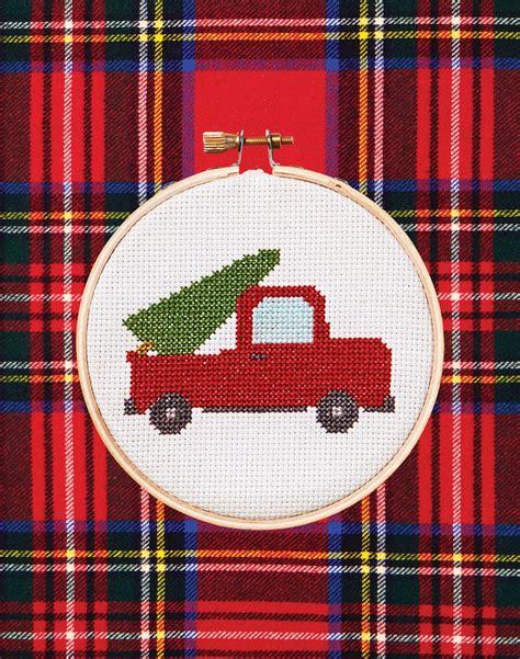 Free Cross Stitch Patterns | Cross stitch christmas ...