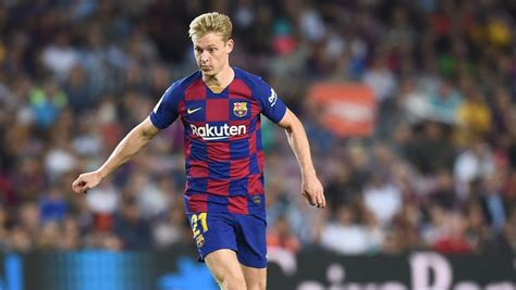 Frenkie de Jong signing brought Barcelona staff to tears ...