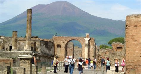 From Rome: Pompeii Express Guided Tour by High Speed Train ...