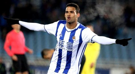 Fulham to make a move for Willian Jose