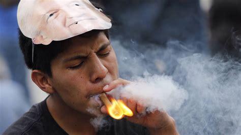 Fumar es un factor de riesgo ante el cáncer oral   AS.com