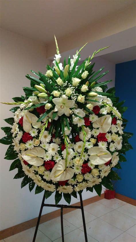 Funerales   Arreglo floral rosas