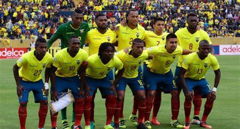 Fútbol Ecuador Selección Nacional  Bolillo  Gómez convocó ...