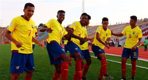 Fútbol Ecuador Selección Nacional La  Mini Tri  busca su ...