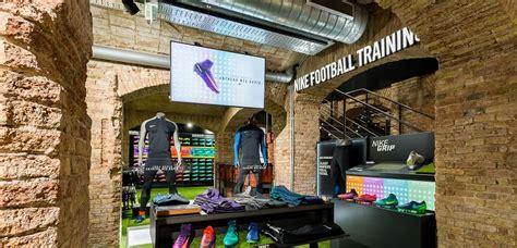 Futbol Emotion gana el premio como la mejor tienda ...