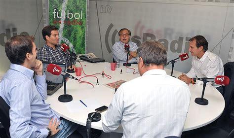 Fútbol es Radio  en directo en la portada de Libertad ...