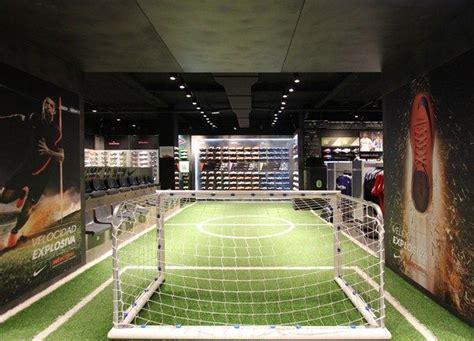 Futbolmania Madrid, diseño de Fernando Salas | Bares ...