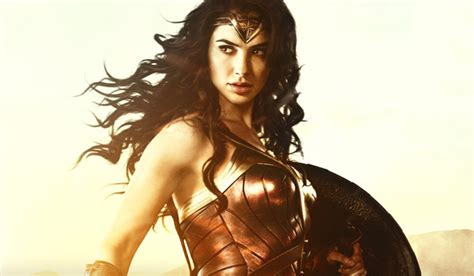 Gal Gadot Age, Height, Weight, Husband, Family, Wiki and ...
