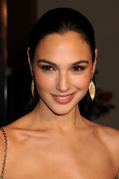 Gal Gadot Bra Size Height Weight | herinterest.com/