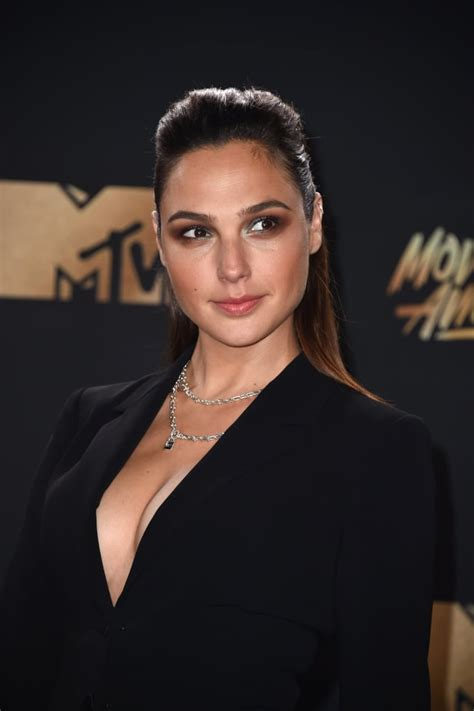 Gal Gadot | Celebrity Hair and Makeup at 2017 MTV Movie ...