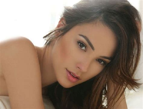 Gal Gadot Height, Weight, Age, Husband, Biography & More ...