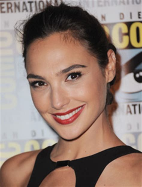 Gal Gadot   Height, Weight, Bra Size, Measurements & Bio ...
