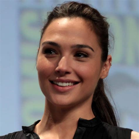 Gal Gadot Net Worth, Height, Age, Bio, Facts | Dead or Alive?